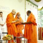 Swami Siddhabodhananda being honoured